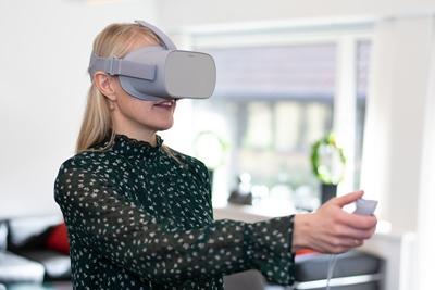 5b65cf1f1407 Virtual Reality som en del af undervisningen for bankansatte ...